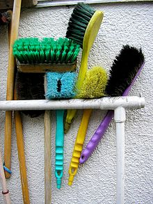 office cleaning brushes